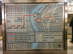 The current platform system map. Note the lack of information on SEPTA connections once the line crosses the river.